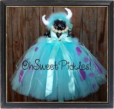 Like this but with long sleeve shirt | Sully Costume
