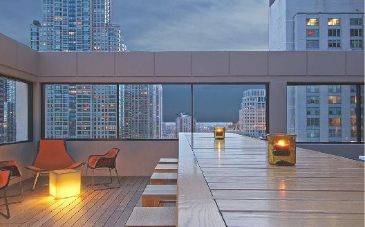 C View Rooftop Bar Chicago