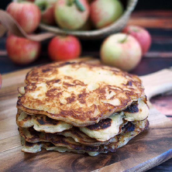 Authentic hearty apple pancakes latvian recipe food forumfinder Gallery