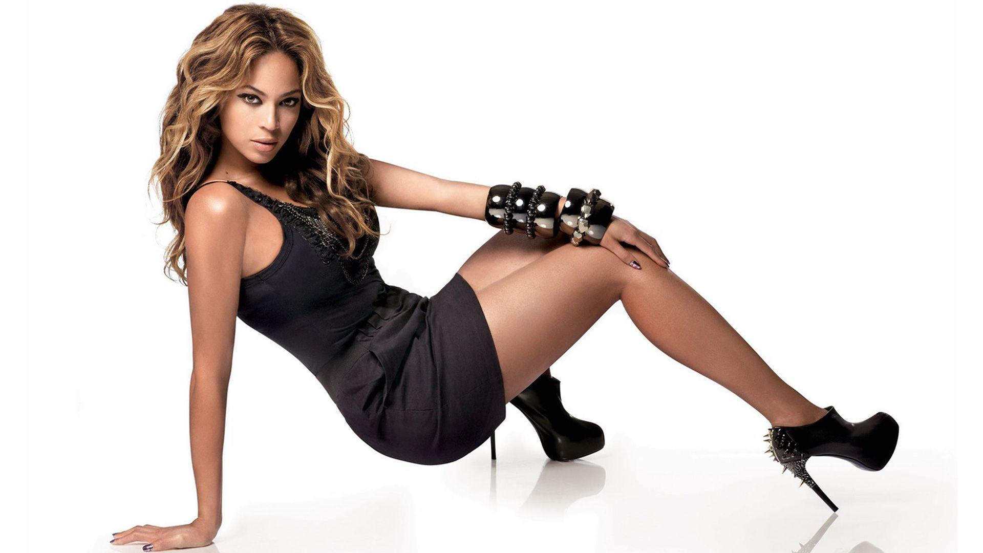 sexy beyonce HD wallpaper Mayco Oil Beyonce, Beyonce