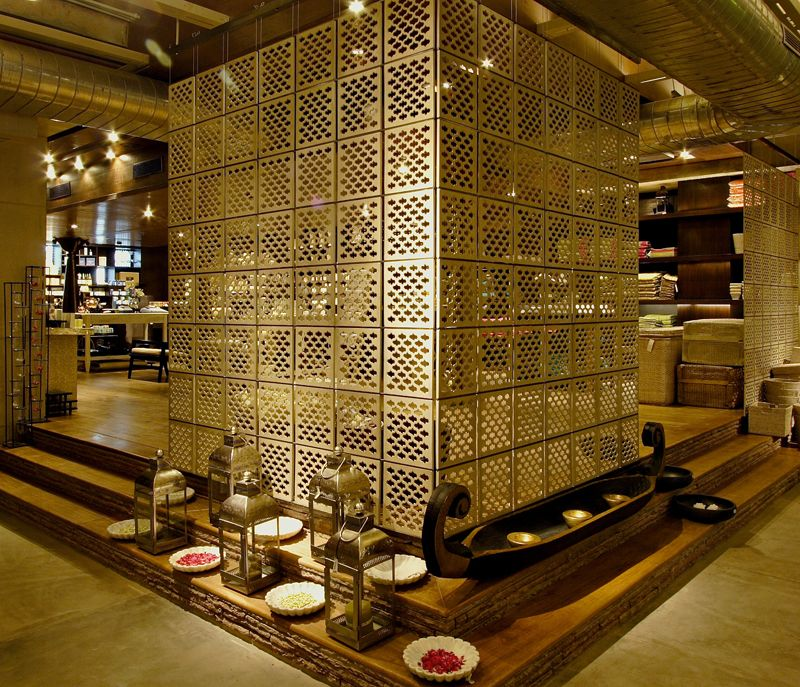 Expensive Home Decor Stores: GOOD EARTH STORE, CITYWALK, DELHI
