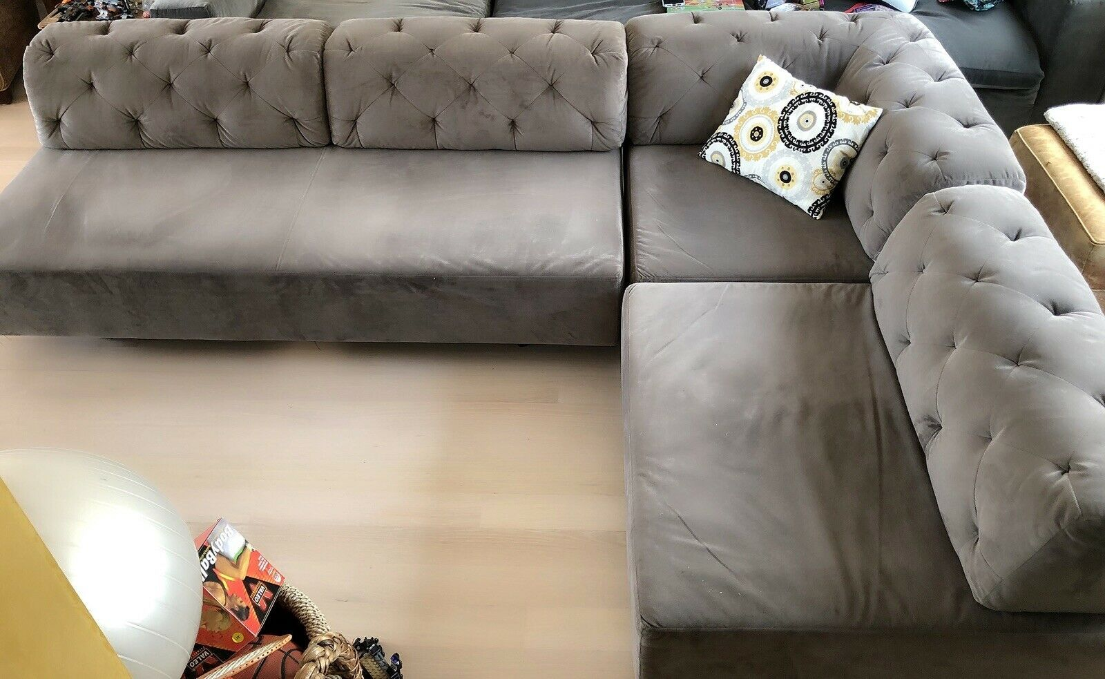 Beautiful And Rarely Used Microfiber West Elm Sectional Couch Grey Color Microfiber Couch Ideas Of Micro Microfiber Sectional Couch Couch Microfiber Couch