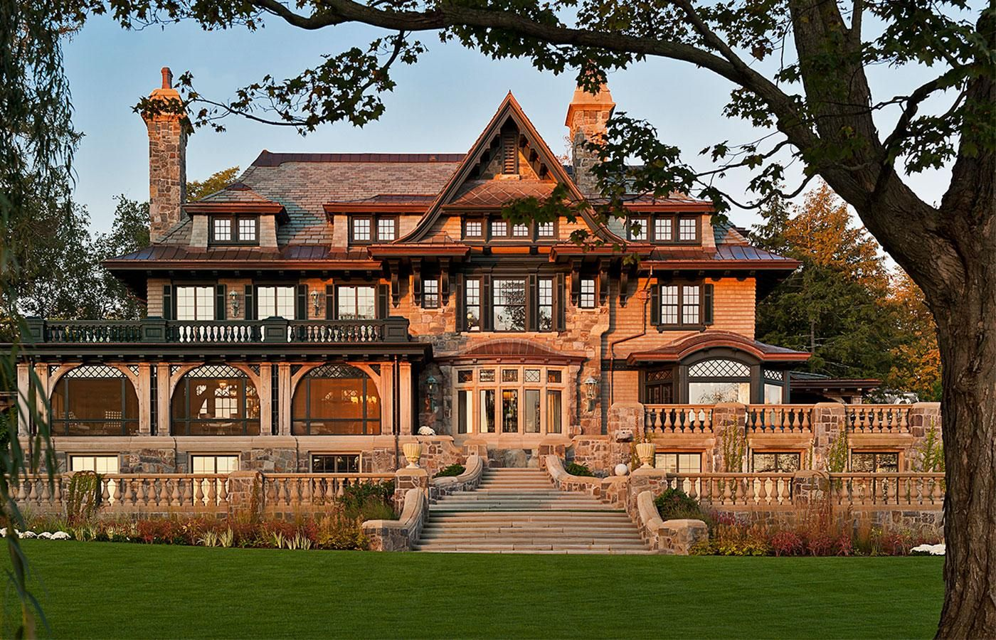 Photo: house/residence of the intelligent 1000 million earning Skaneateles Lake, New York-resident
