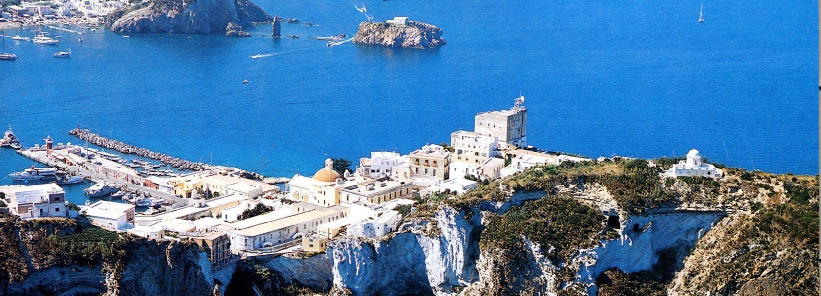 Ponza Arcipelago Vacanza Al Mare Paesaggi