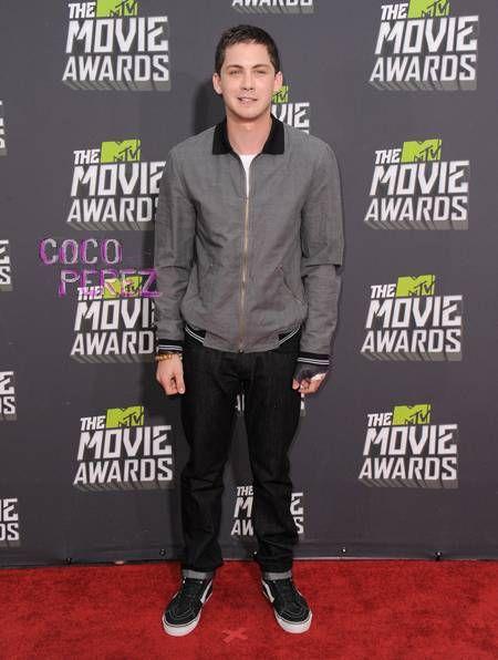 Logan Lerman Keeps It Casual At The MTV Movie Awards