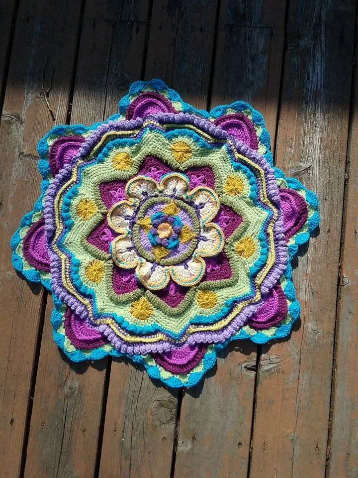 Inspiration | Crochet-Mandalas and Sophies by Maggie Avrit ...