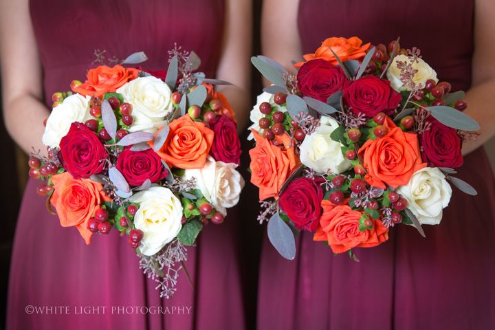 Autumn wedding bouquets | Orange + red + white wedding bouquets,fall wedding bouquets