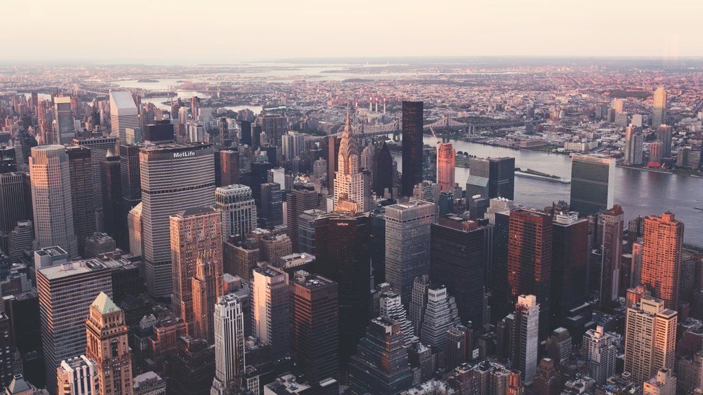 Iconic View Of The New York City Ultra Hd Wallpaper With Images