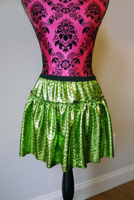 Little Mermaid Running Skirt. Wouldn't this look great with an Ariel shell bra shirt for Run Disney?!