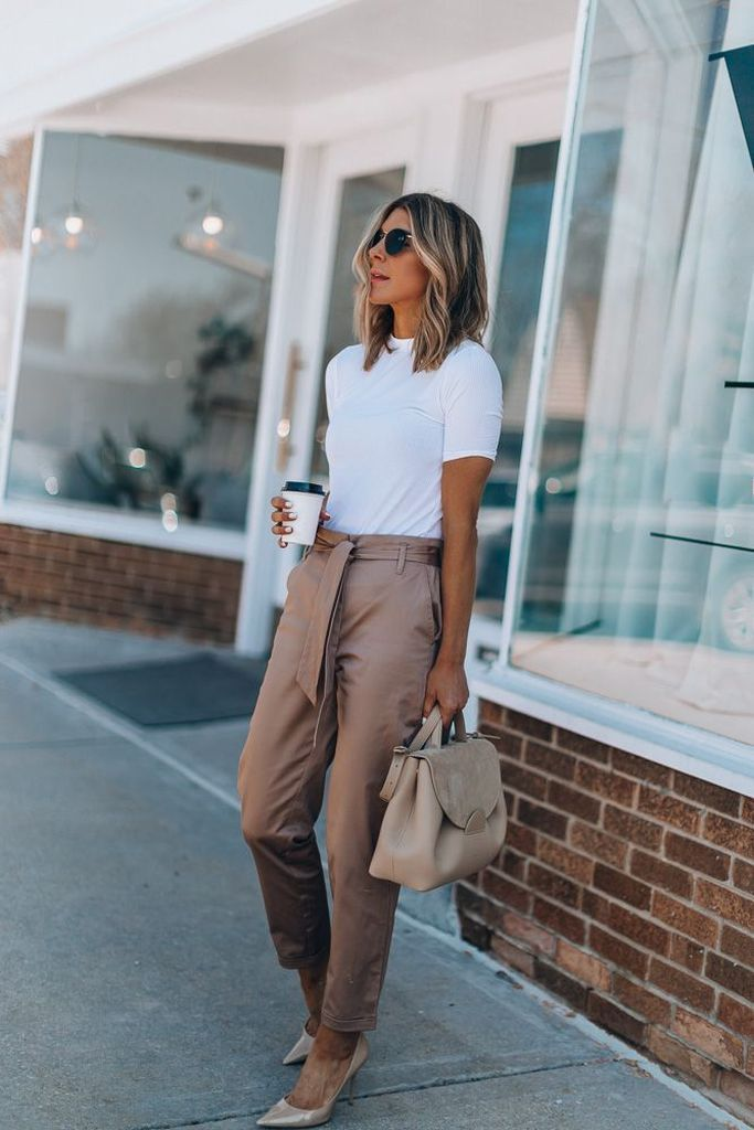 25 Stylish Casual Work Outfits to Increase Your Confidence