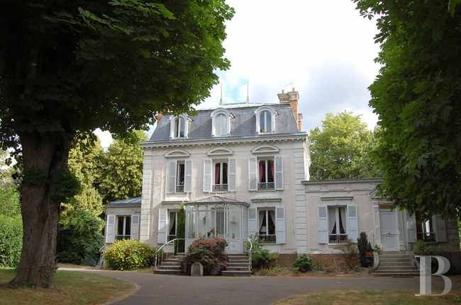 19 miles south of paris second empire mansard style for Castle style homes for sale