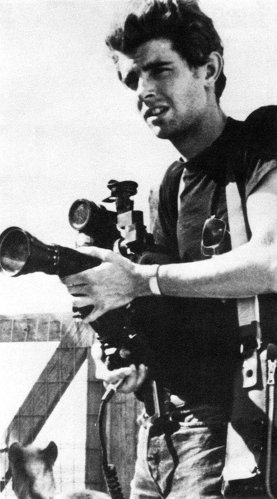#Director | Un incipiente George Lucas retratado por un autor anónimo www.beewatcher.es