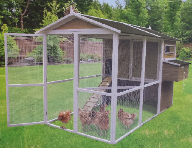 Coops Feathers Extreme Walk In Chicken Coop 220 10B By Innovation Pet For