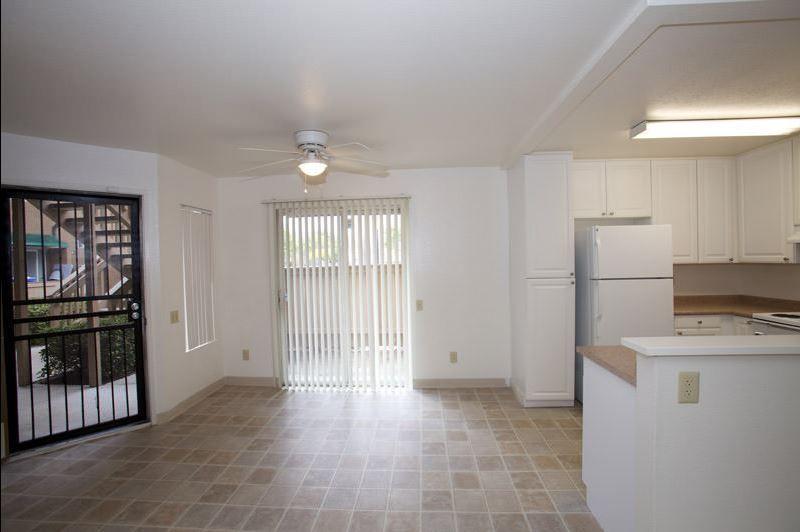 San Diego Beech St Knolls Lincoln Military Housing E1 E6 Military Housing Lincoln Military Housing Home