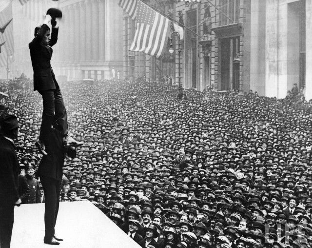 Charlie Chaplin in front of a huge new york crowd