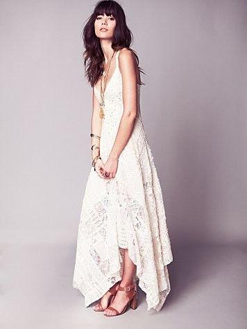 A Boho Chic Wedding Dress For Under 600