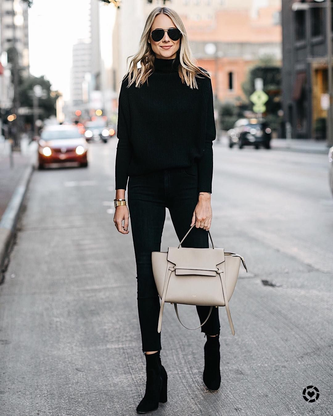 840f8d75e4 All black and a nude tote - simple and classy