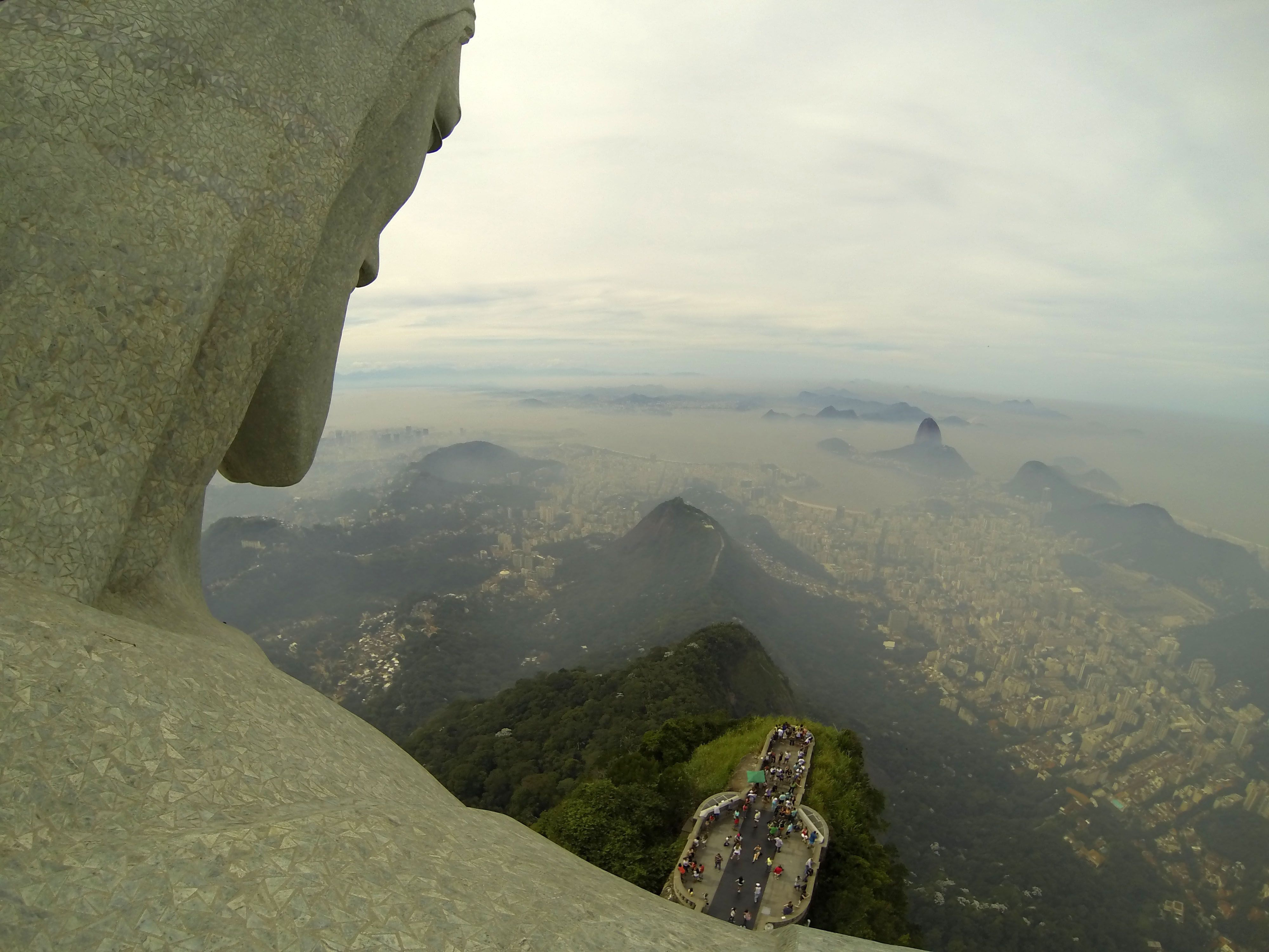 Lee Cofounder Of The Flash Pack Get Exclusive Access To Christ - Guy takes epic selfie top christ redeemer statue brazil