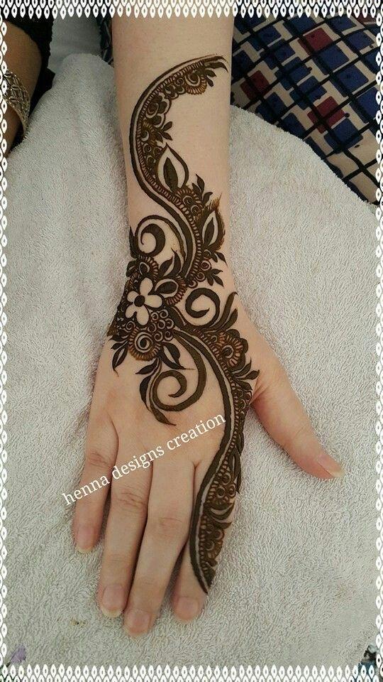 Simple Mehndi Design Henna On Hand Mehandi Pinterest