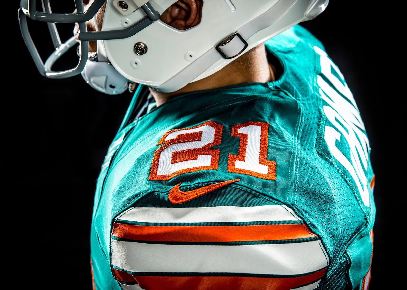huge selection of d309b d3d91 Dolphins To Wear Throwback Uniform On Monday Night Football ...
