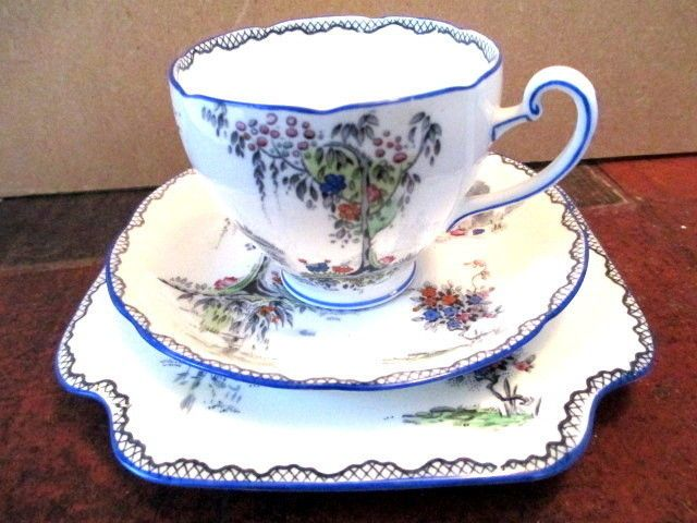Art Deco / Vintage China Tea Set Trio.Grafton China.Alton.5428.British.