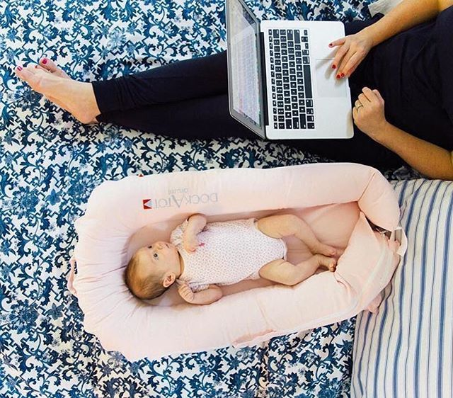 """@dressyourguests """"Current workstation  Wrapping up some emails before the weekend!"""""""
