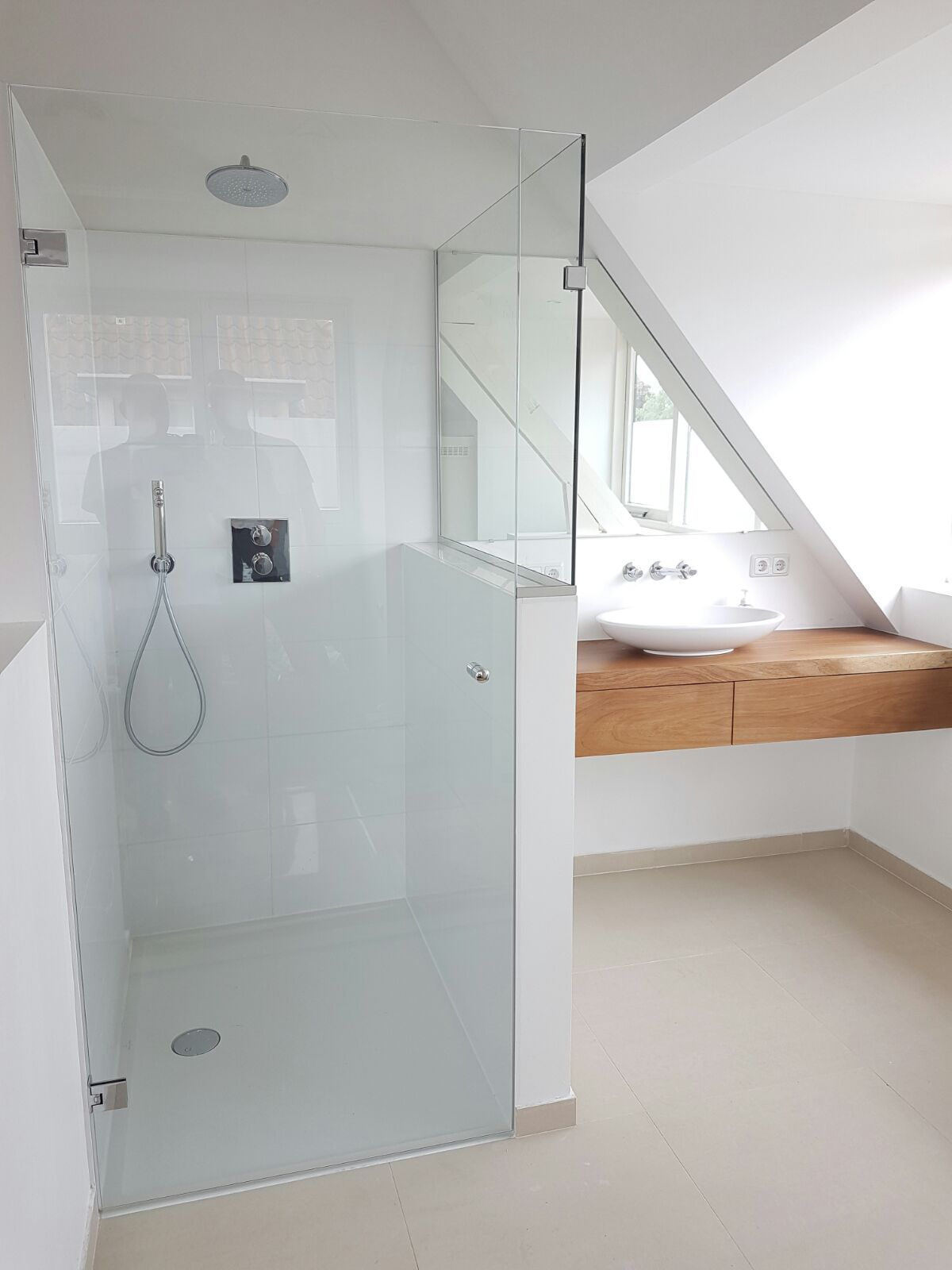 douchecabine glasbestellen badkamer pinterest attic