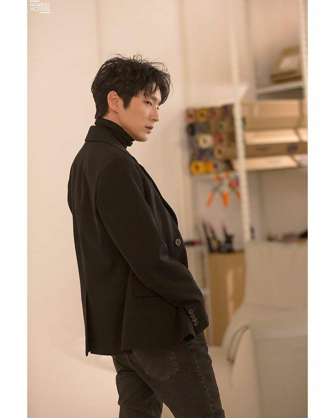 Pin di Yekojks jk su @actor_jg Lee Joon gi ️ nel 2020