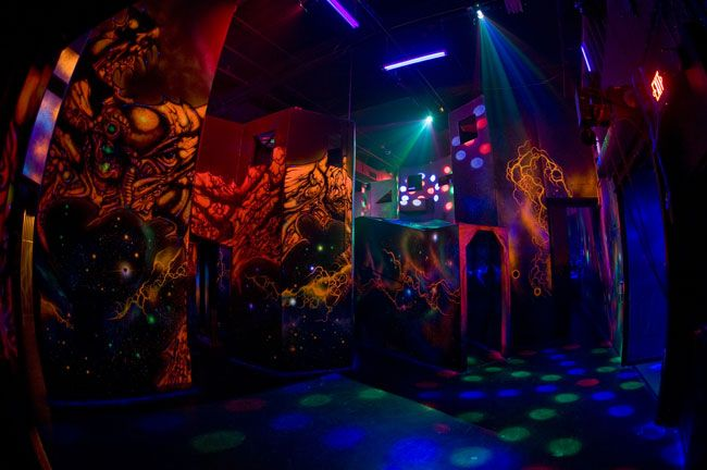 Play Laser Tag At The World S Gest Arena