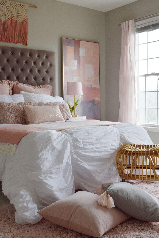Tween Bedroom Makeover Art Bedding Throw Pillows Drapes All From Home Goods Sponsored Tween Bedroom Makeover Home Goods Furniture Bedroom Makeover