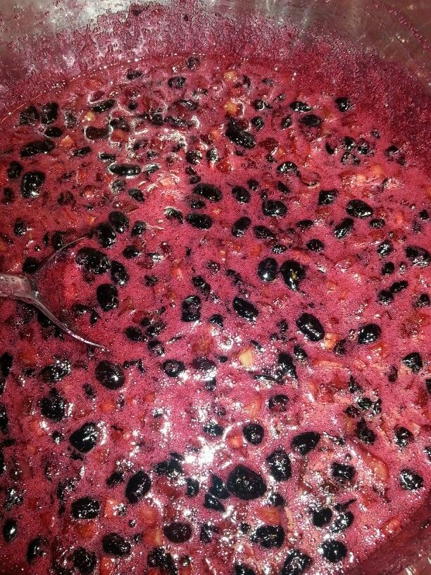 Haskap jam 2 1/2 cups of fresh haskaps berrie 2 1/2 cups of
