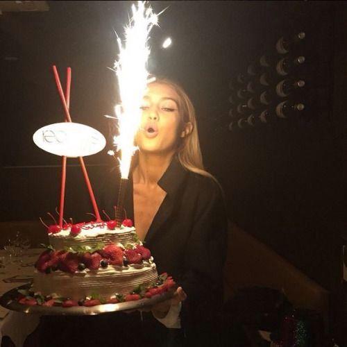Wondrous Kim Kardashian Jennifer Lopez Justin Bieber The Best Celebrity Funny Birthday Cards Online Sheoxdamsfinfo