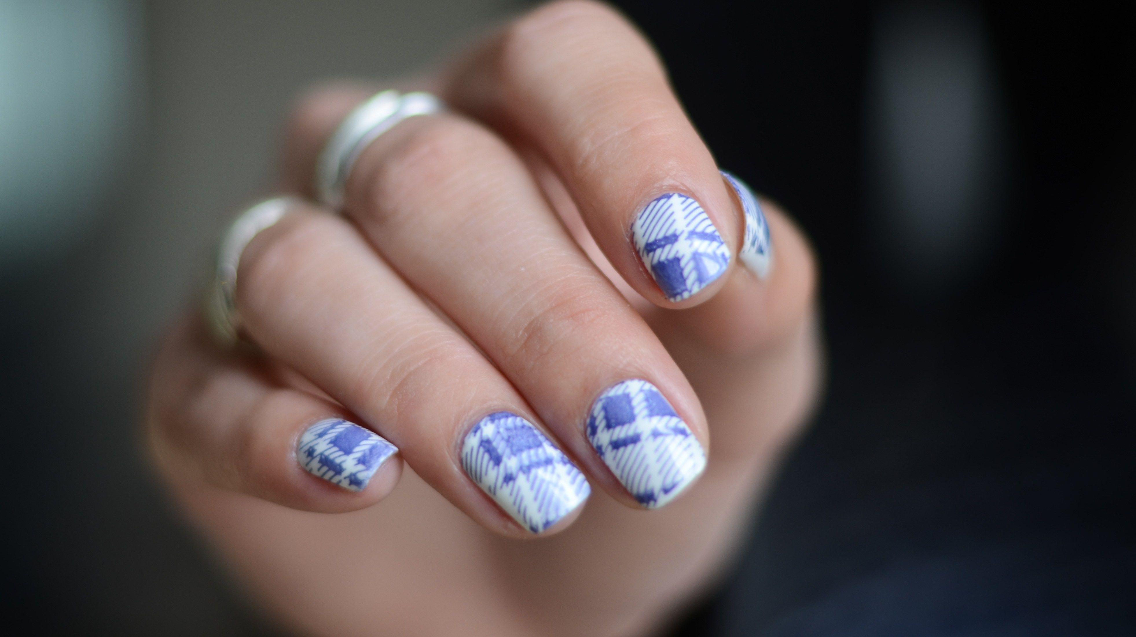 http://nehmaah.com/armoire-2-jupe-vichy/   Nice Nail Art Designs ...