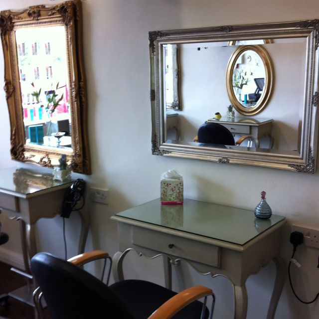 Hair Salon Love The Antique Look And Different Mirror Sizes Hair Salon Decor Salon Decor Hair Salon Interior