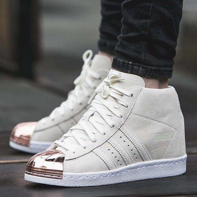 Obligar James Dyson Guinness  mulpix . R E A D Y S T O C K . Adidas Superstar Up 80s Metal Toe Size : 38  . LINE ID : @soberk… | Adidas superstar women, Adidas superstar, Adidas  shoes superstar
