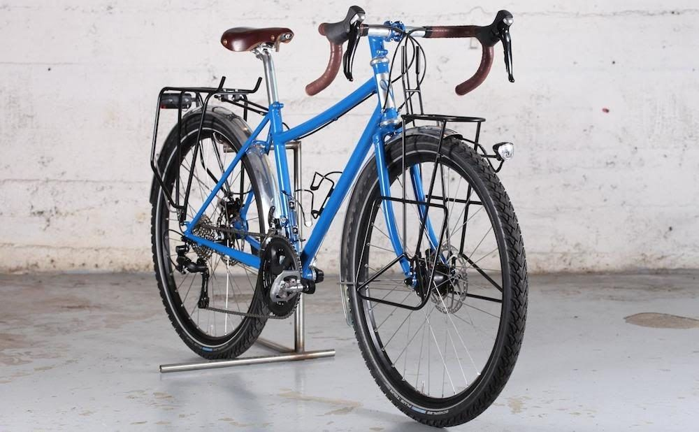 This Victoire Voyage Touring Bike Is Modern Yet Elegant Details About 26 Inch Ryde Andra 40 Rim Shimano Deore Xt M756 Hub Rear Whe Touring Bike Bike Bike Tire