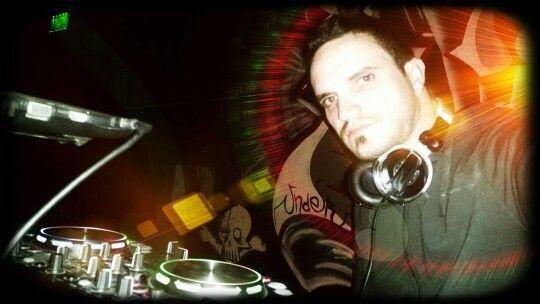 La música electrónica se siente! #deephouse #techhouse #deep #techno #under #fest #electro #svproducciones #djsebástianv