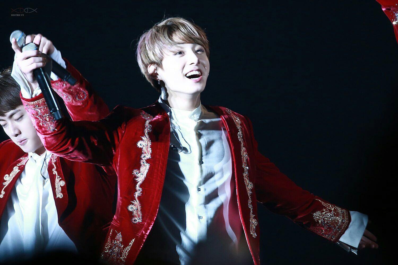 170218 THE WINGS TOUR  #정국 #jungkook #방탄소년단 https://t.co/lEJhghScNe