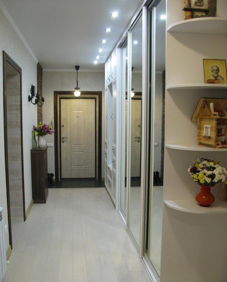 Длинный и очень удобный коридор   Дизайн коридора