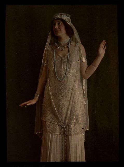 """""""Woman in gold costume"""" 1915 Photographer unknown"""