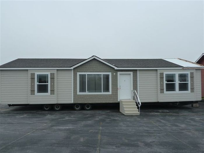 The Bristol Mobile Home Floor Plan Is A 26 X 52 1386 Sqft Double Wide Available For Sale In Ne Co Ks N Mobile Home Floor Plans Mobile Home House Floor Plans