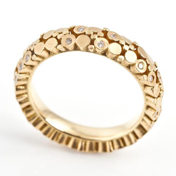 Fixed #Bud #Eternity #Ring by Mirri Damer http://www.fldesignerguides.co.uk/engagement-ring-designer/mirridamer