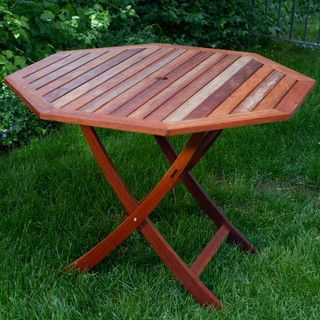 Nice Outdoor Table    Will Seat 4 Comfortably. Might Look Nice With A Square