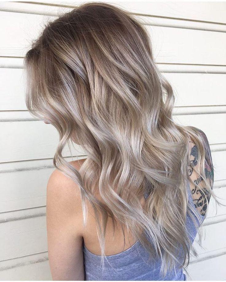 10 Ash Blonde Frisuren für alle Hauttöne #ashblondebalayage