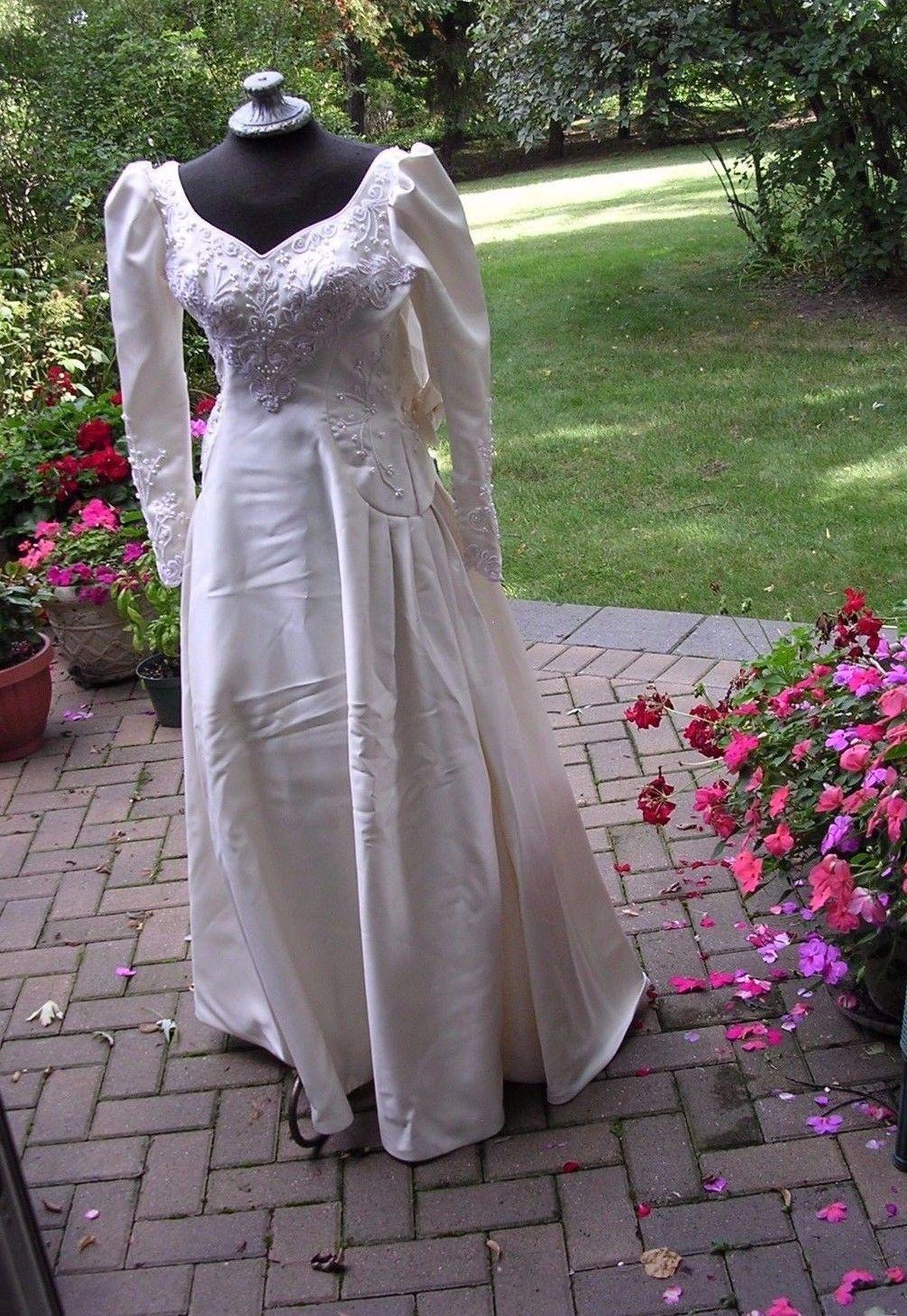Ab xs vintage us beaded long sleeve wedding dress for zombie bride