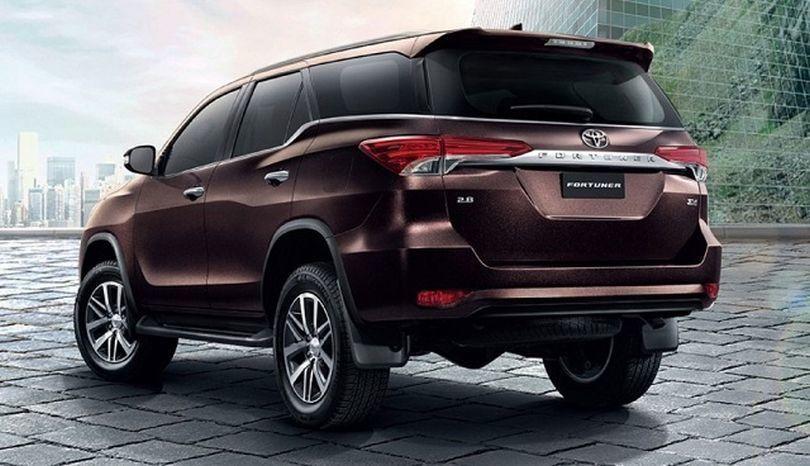 Upcoming Toyota Cars In Pakistan 2018 Carros Y Motos Autos