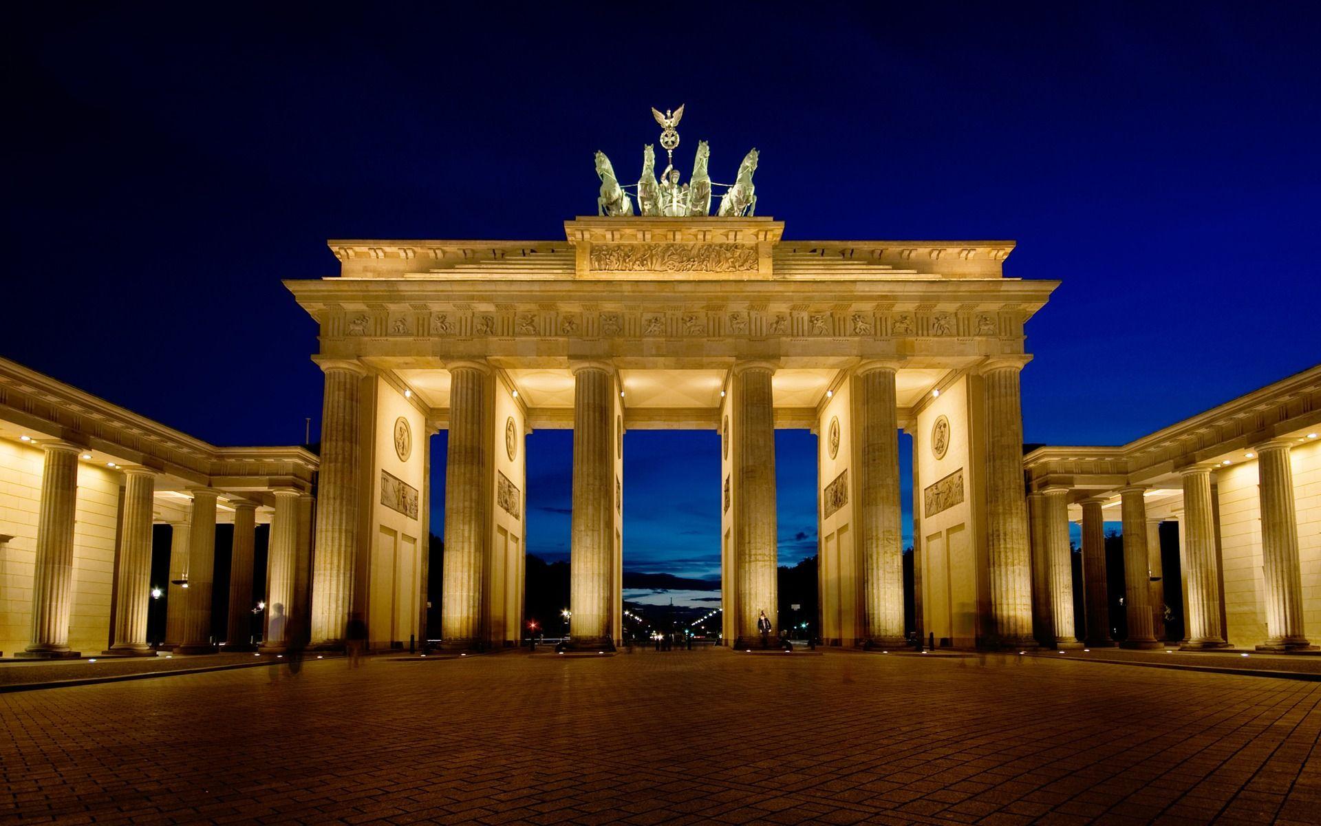 Brandenburg Gate Berlin Wallpapers Download Desktop Wallpape