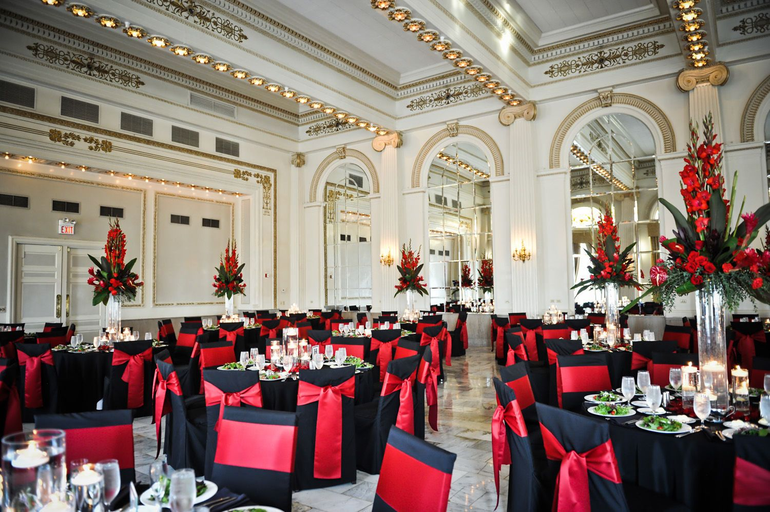 Ball room at the westin hotel columbus ohio for the bollman family griffins sells beautiful custom wedding floral arrangements serving locally in columbus ohio junglespirit Gallery