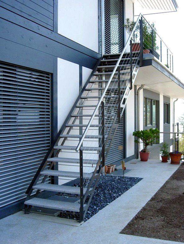 escaliers ext rieurs design marches m tal ou bois escaliers pinterest escalier ext rieur. Black Bedroom Furniture Sets. Home Design Ideas
