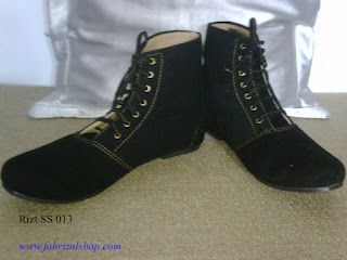 Pin On Sepatu Boots